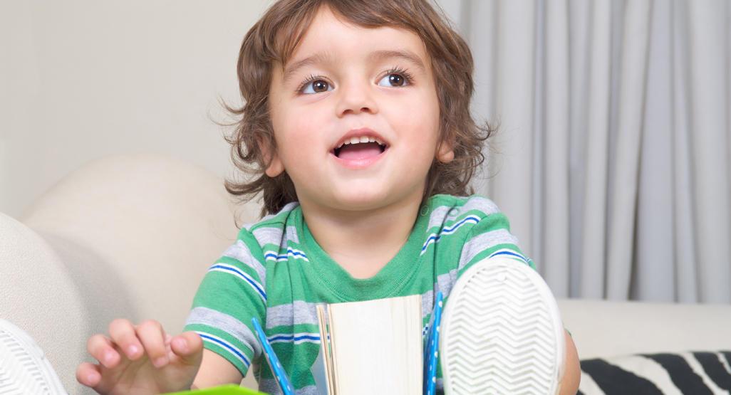 نصائح الأبوة والأمومة الإيجابية من أجل تنمية صحية للأطفال الصغار (2-3 سنوات)