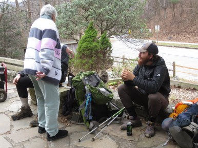 Une ancêtre en grande conversation avec la jeunesse