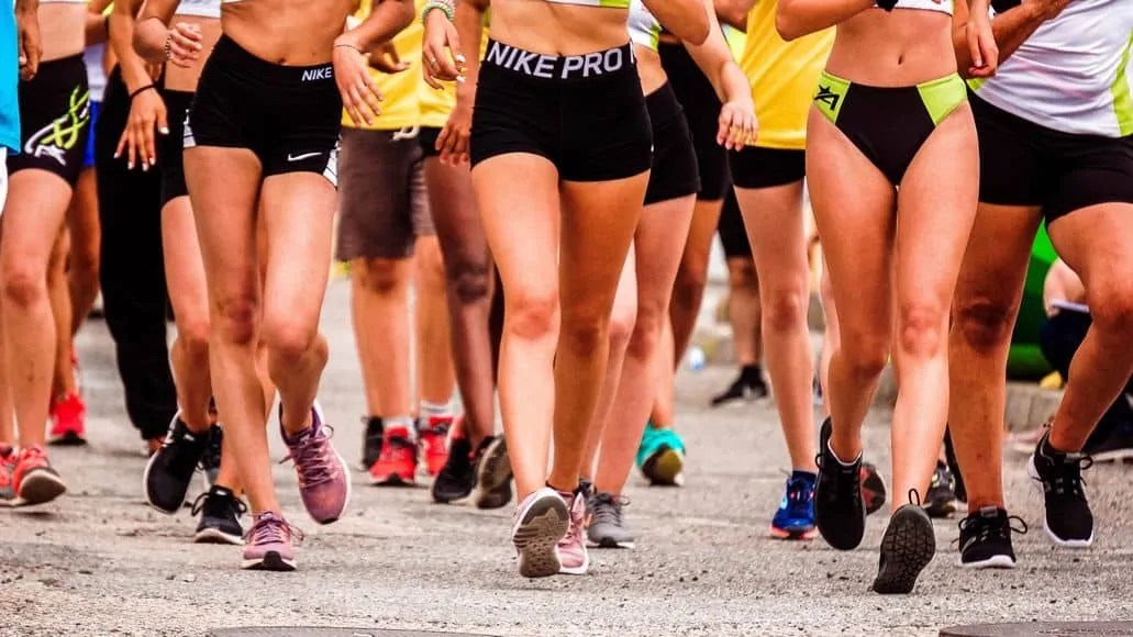 Runners with muscular legs