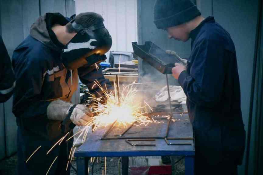 https://www.maxpixel.net/Welder-Gloves-Welding-Protection-Workshop-Mask-2780654