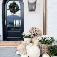 5 Decor Pieces To Make the Perfect Fall Front Porch