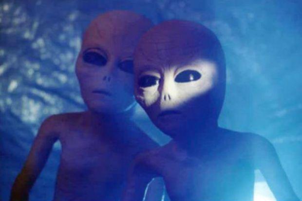 Полицейский встретил инопланетян в Уилтшире