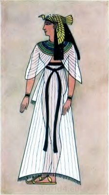 Ancient Egypt Queen costume. How to wear ancient Egypt costumes.