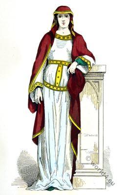 Carolingian Queen, 6th century clothing. Byzantine fashion period. Medieval costume. Tunic