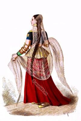 Traditional India Mughal costume. Hindu woman clothing. Anarkali suits, Salwar Kamiz
