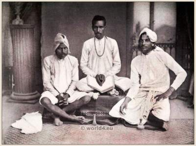 Traditional Hindu priests costumes. North Indian Brahmins clothing