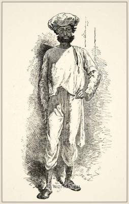 Traditional India punkhawallah costume. India servant costume. पङ्खा वाला,