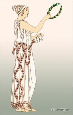 Greek woman with detached diploidion. Ancient Greece costume history