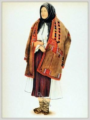 Romanian Bihor folk costume. Romania Transylvania national costumes. Traditional embroidery patterns