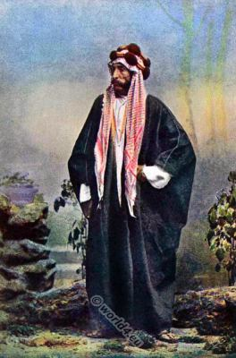 National costumes of Arabia