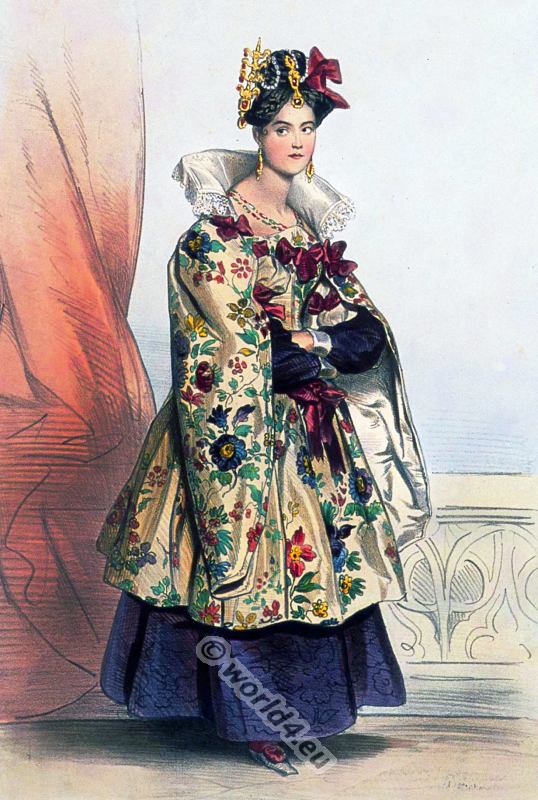 16th century clothing. Renaissance Costume of an Italian lady