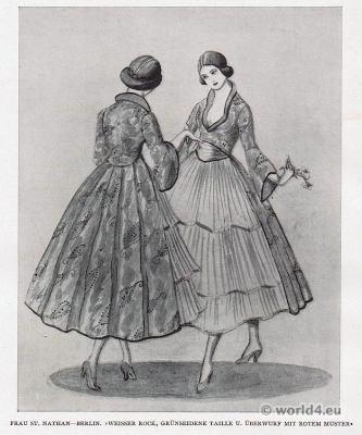 skirt fashion. Berlin fashion 1917. Designer Nathan fashion 1920s. German Modernist costumes.