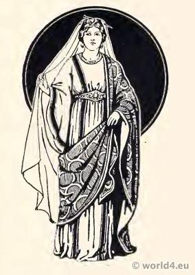 Merovingian Frankish Nobility Women costume in dalmatica. Palla contabulatum.