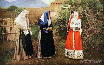 Traditional Sardinia costumes. Sassari Osilo, Italy dress. Veils Embroidery
