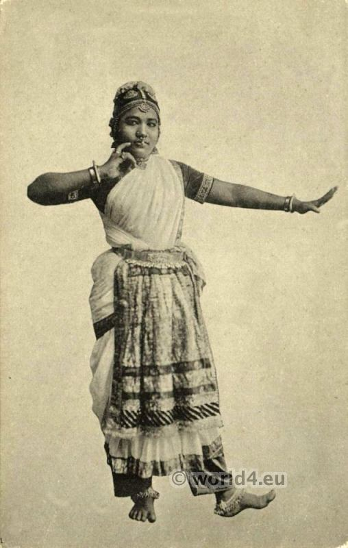 Traditional India dance costume. India Nautch Dancing Girl, Jewelry, Nose Piercing.