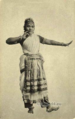 Traditional India dance costume. Nautch Girl, Jewelry, Nose Piercing.