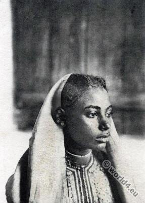 Arabian Girl hairdress Kisangani Congo. Traditional African hairstyles and costumes