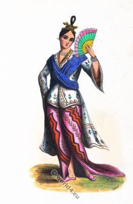 Noble Burmese woman costume. Traditional myanmar clothing. Myanmar female ancient costume.