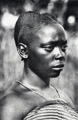 Tradional African hairstyle, Congo Makele, Ngoma woman costume.