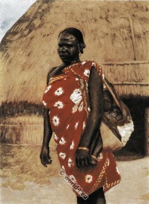 Carrying children. Lendu woman. Uganda traditional costume.