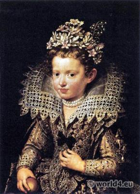 Ruff and cuffs of cut-work. Eleonora de Gonzaga Mantua. Italian lace.