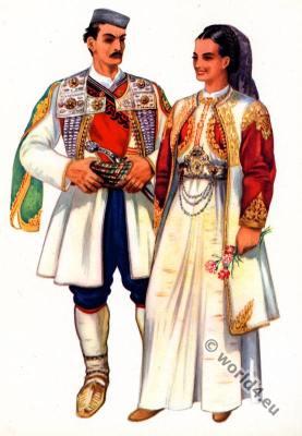Montenegro national costume. Gore narodna nošnja.