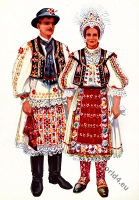 Balkans folk dresses from Vojvodina, Baranja. Народна носња из Војводине, Барање Торијанци.