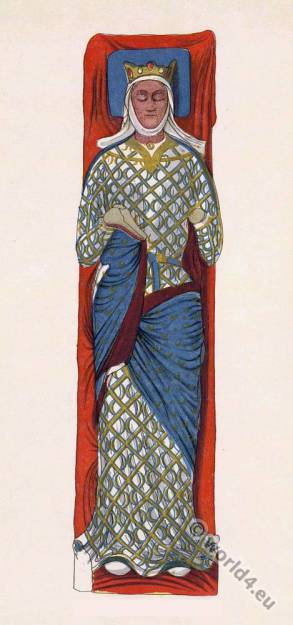 Eleanor of Aquitaine, medieval England Queen, effigy, Abbey, Fontevraud, middle ages, 12th century
