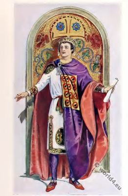 Byzantine Costume History. Emperor Justinian. Tablion, Dalmatica