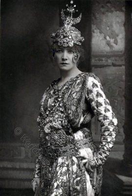Sarah Bernhardt, French actress,Portrait, Théodora, Victorian fashion