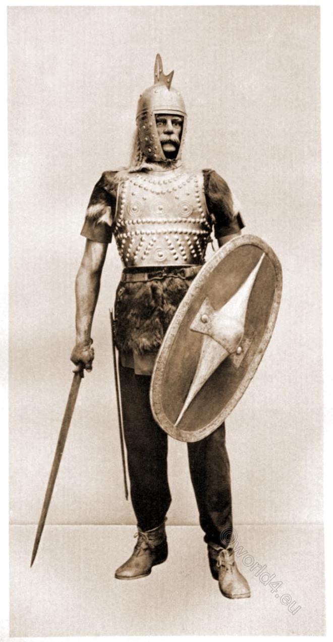 Reconstructed, Gaul, Gallic, warrior, armor, sword,