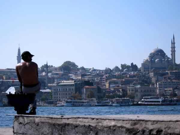 fisherman istanbul - scuba diving in Turkey - Plongée en Turquie