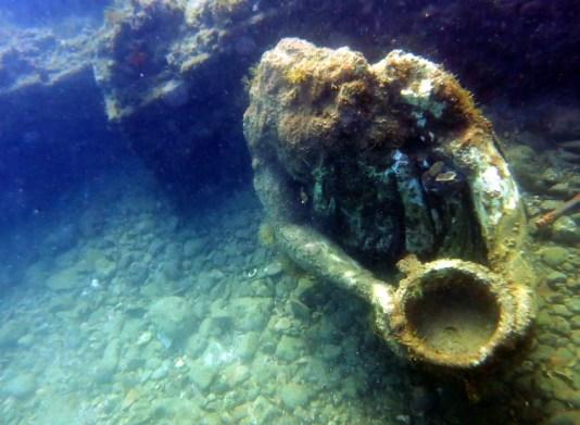 - scuba diving underwater archeological park Baia - plongée cité engloutie Baia