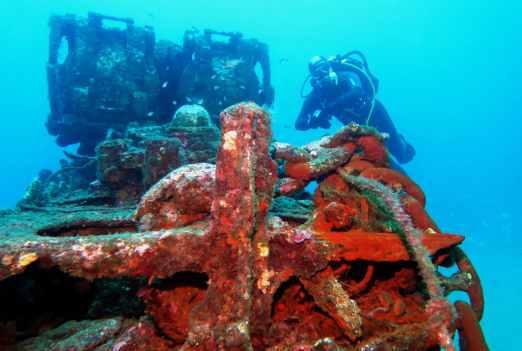 Le Rubis submarine wreck dive Cavalaire France