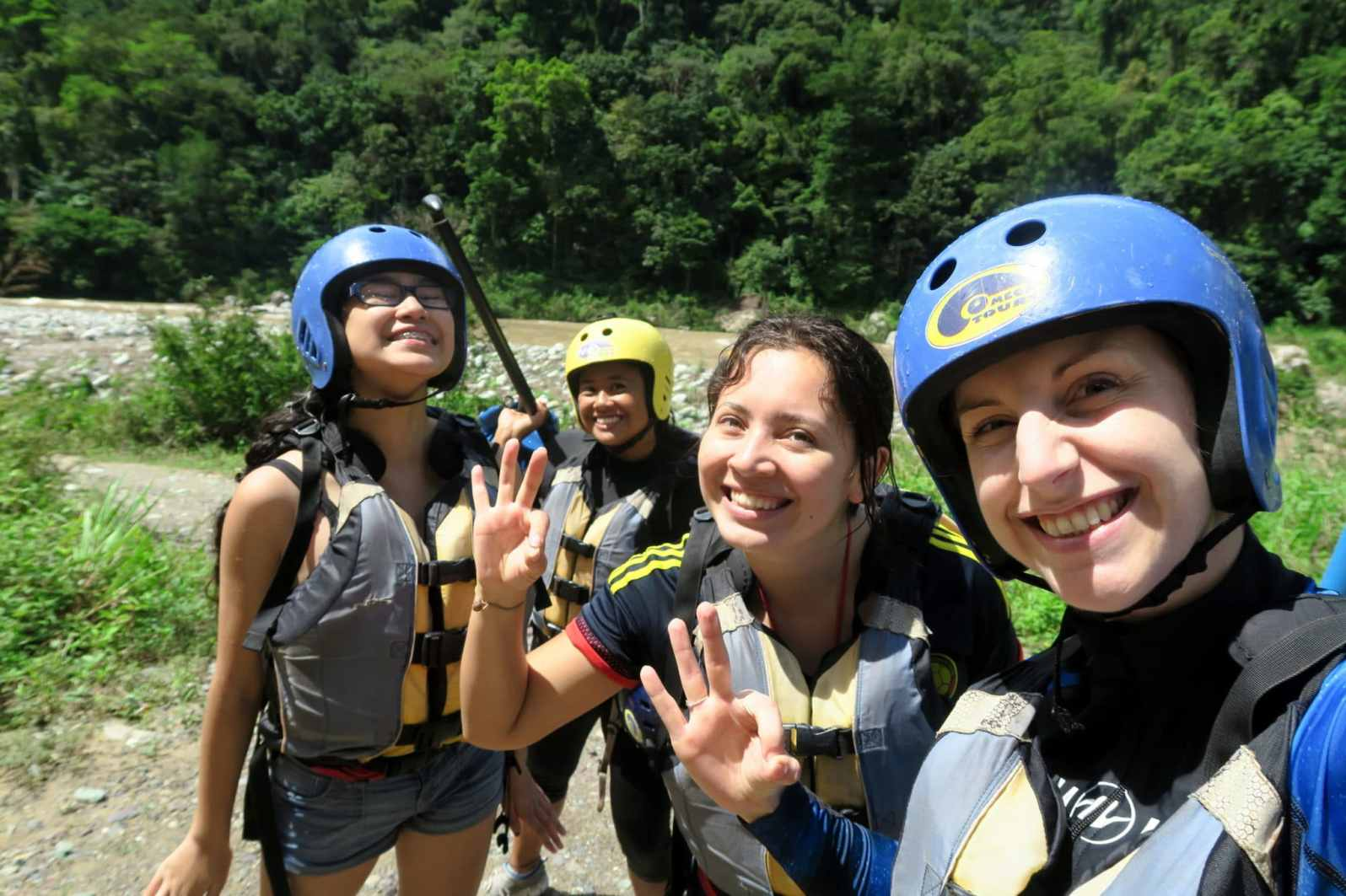 Rafting Rio Cangrejal Pico Bonito National Park Honduras