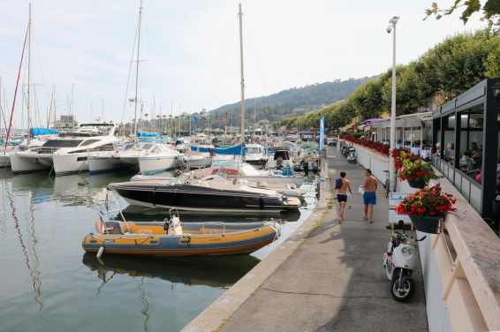 Diamond Diving French Riviera