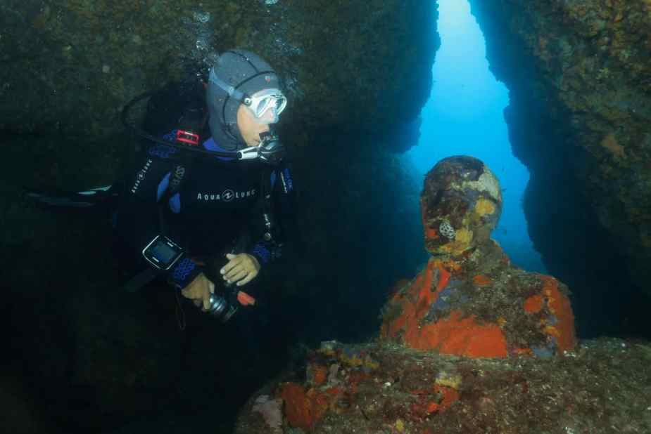 Miro's Cave diving golfe juan antibes