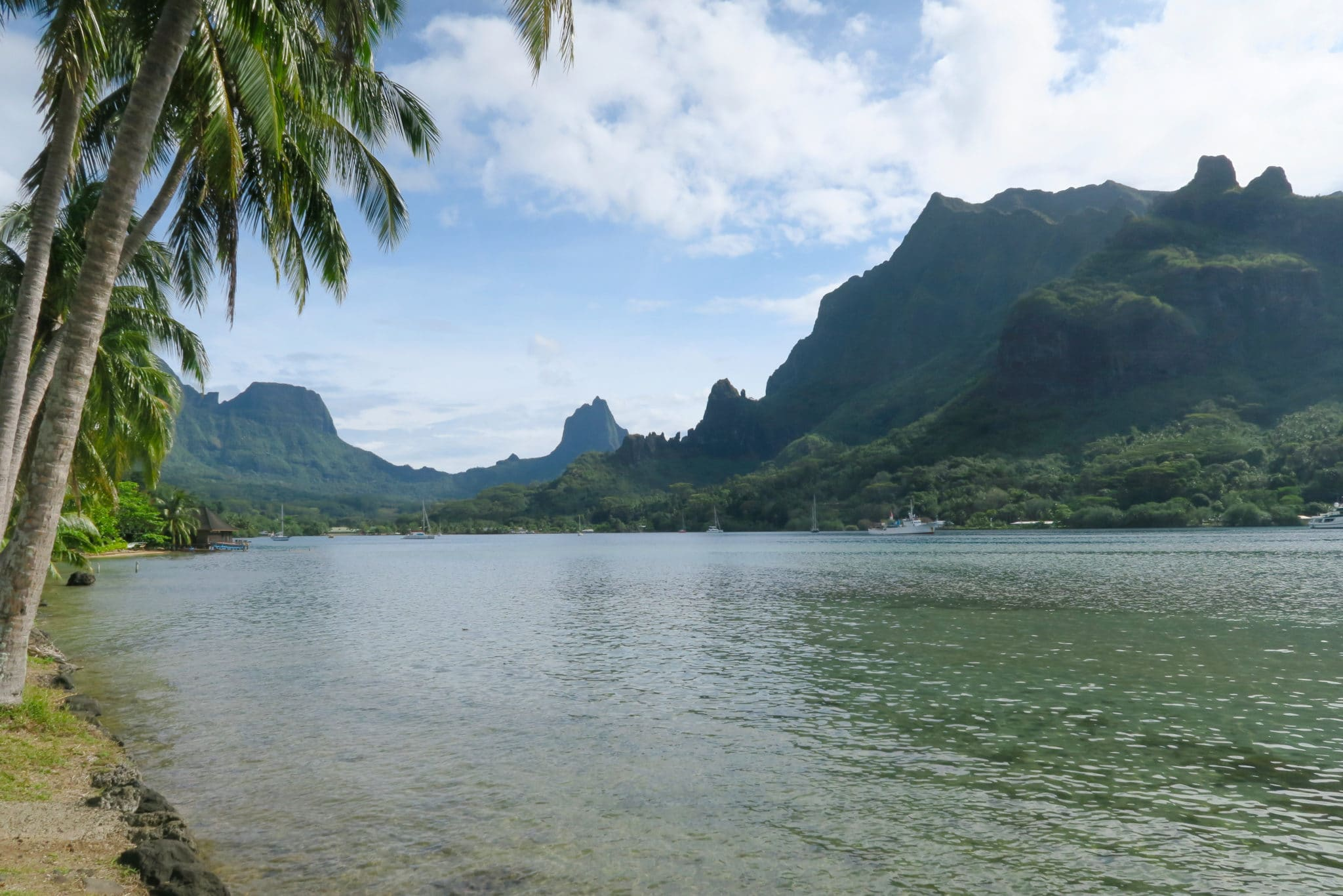 Cook Bay Moorea