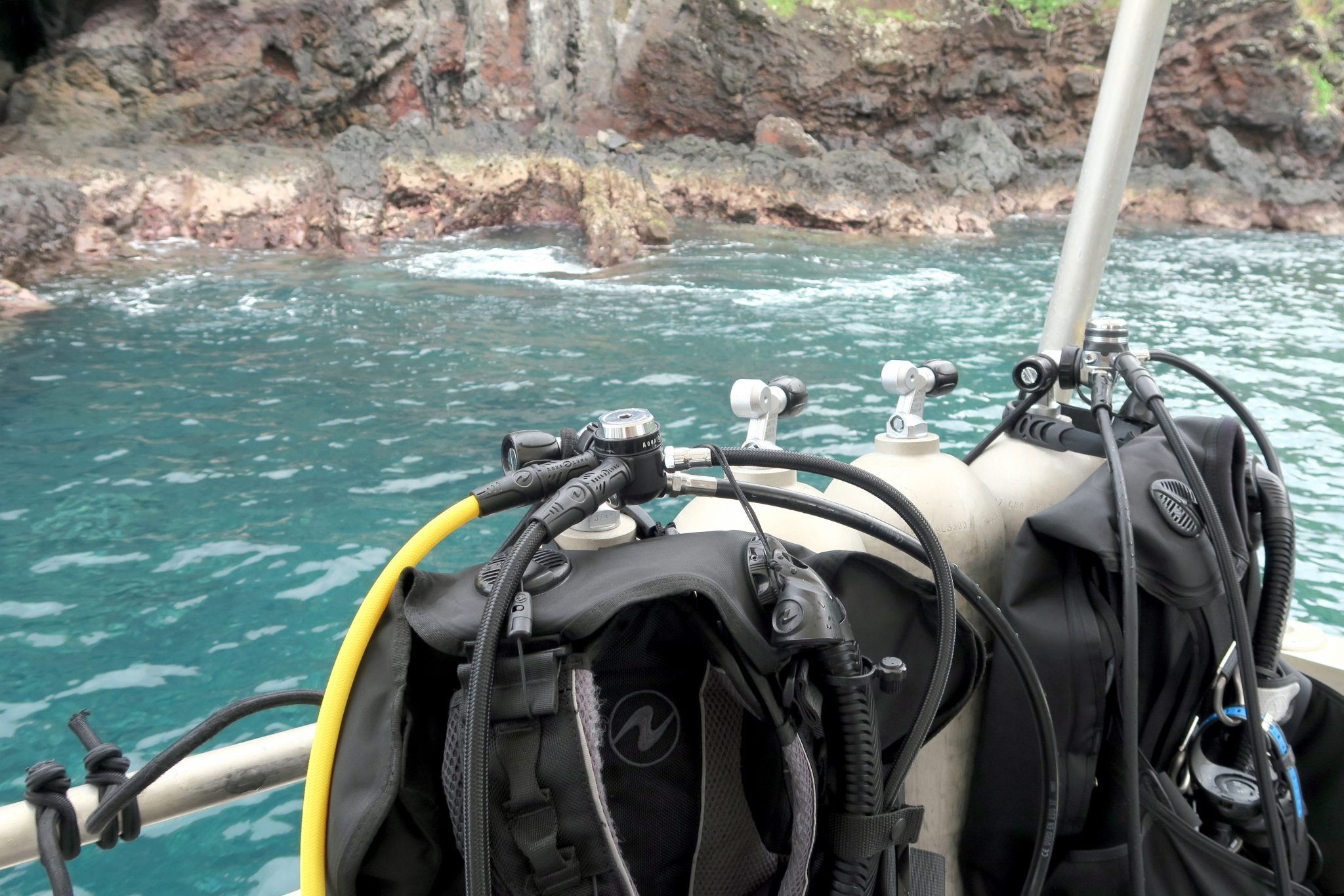 diving in the Marquesas Islands