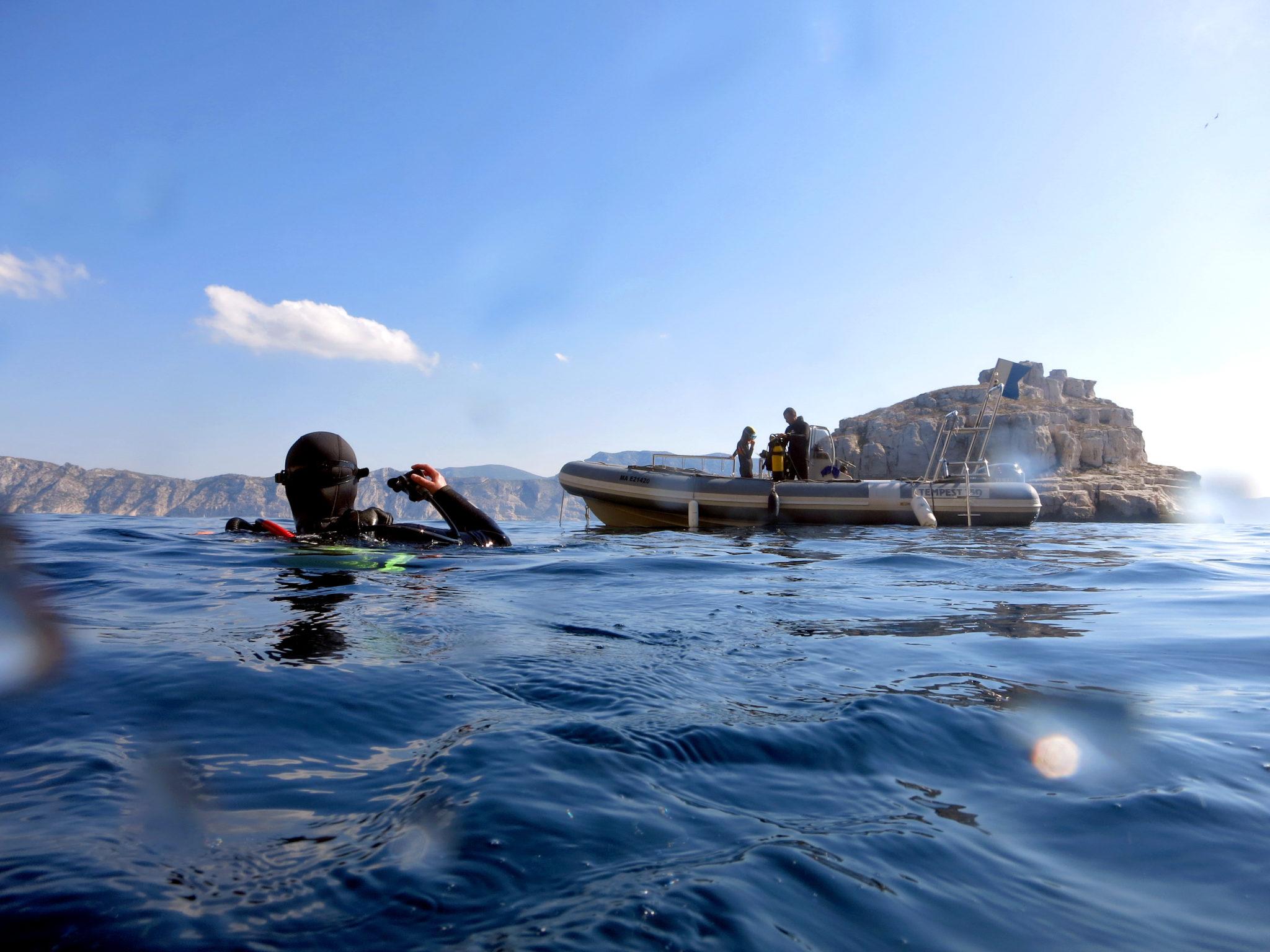 Bateau de plongée Archipel du Riou Marseille