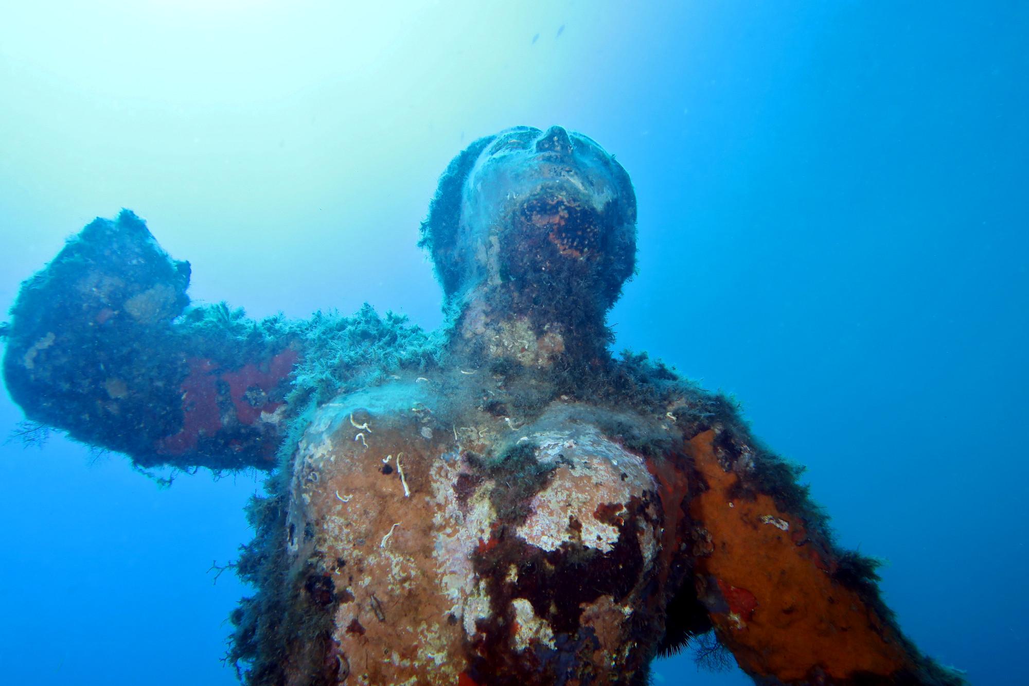mermaid statue st raphael