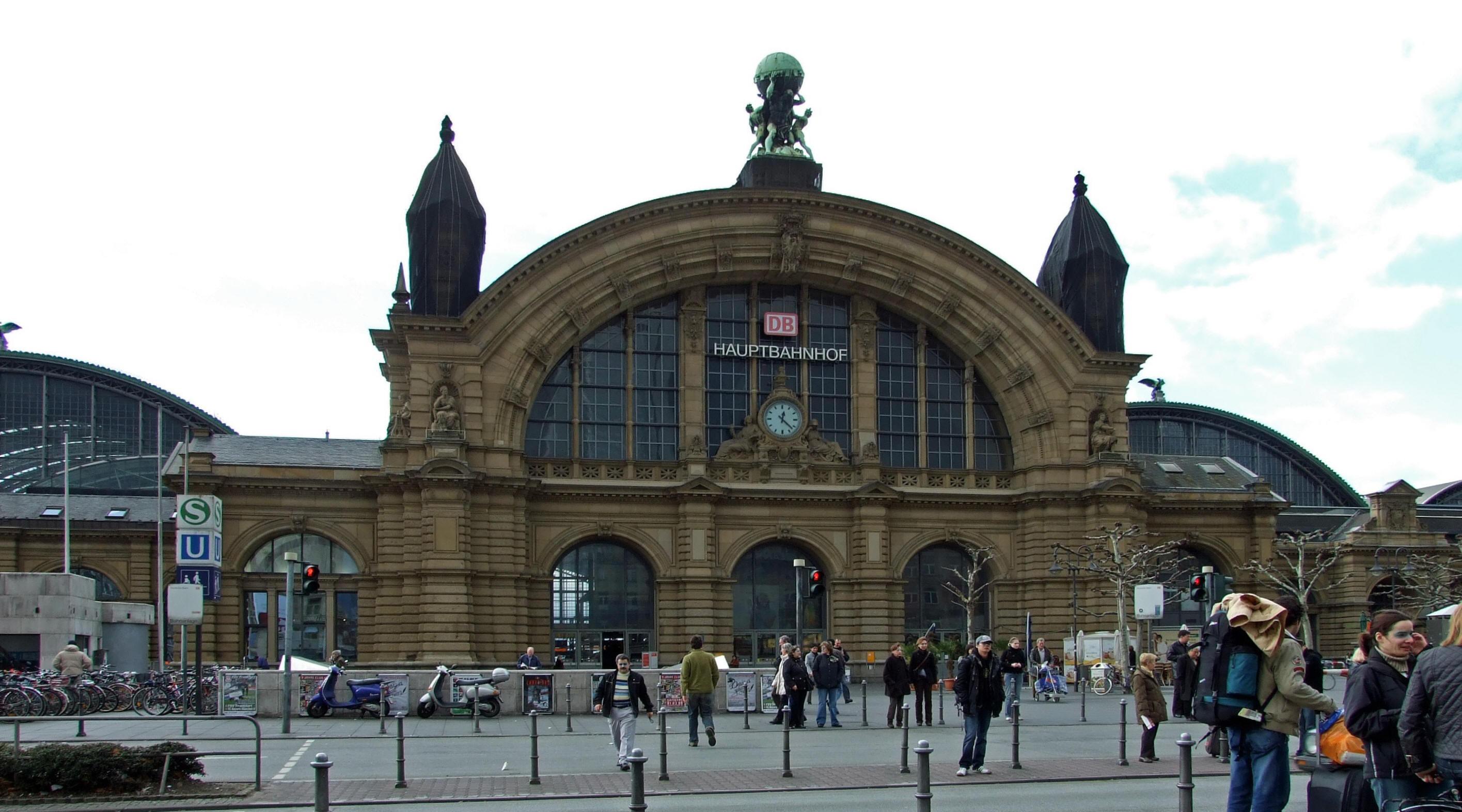 Frankfurt Architecture, Germany, Hauptbahnhof Train station
