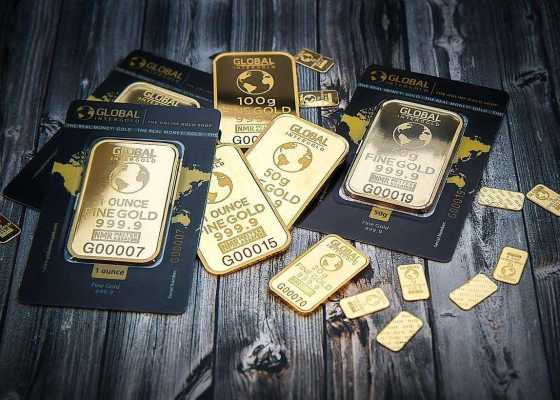 4 Reasons Why You Should Invest in Gold
