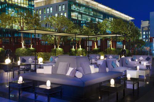 No.5 Lounge & Bar (evening)