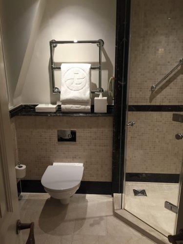 Langham London Room Bathroom