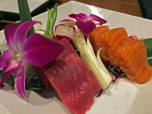 http://www.hiltonsandestinbeach.com/destin-restaurants-hadashi-sushi