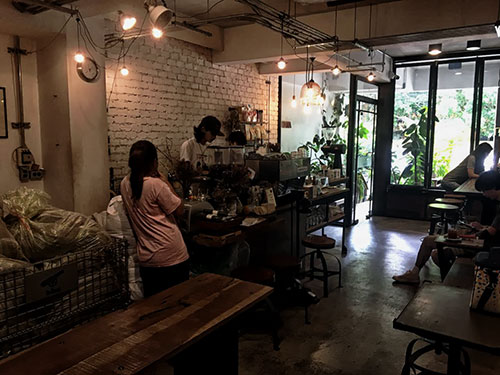 Кофейня Omnia Cafe and Roastery в Чиангмае