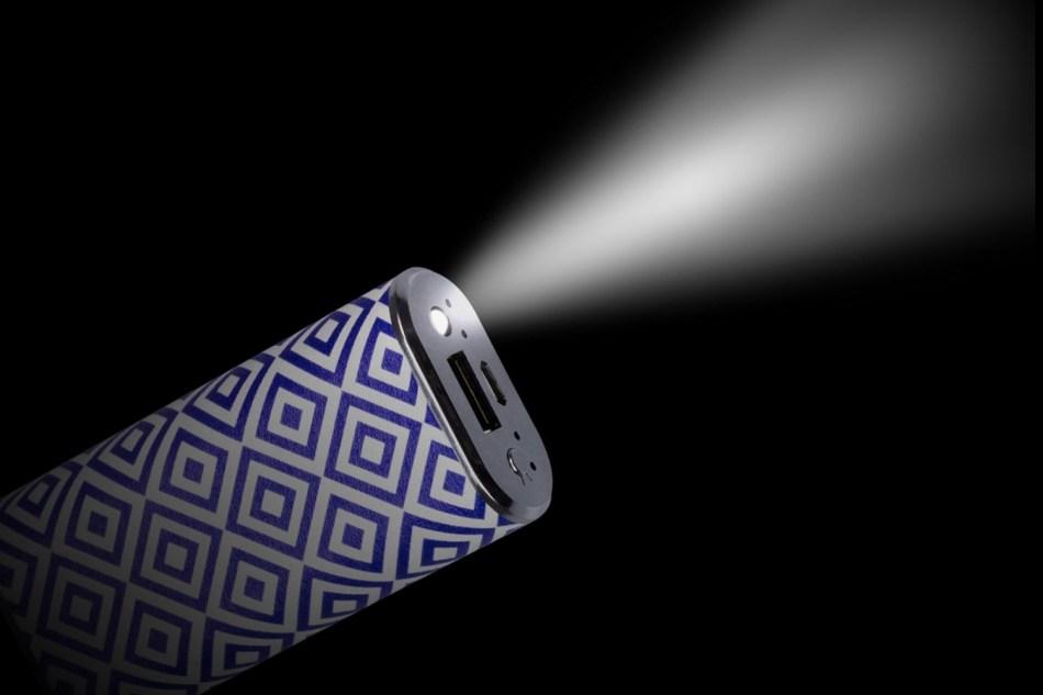 Acumulator universal extern Trendz Fashion Geometric 4000 mAh, cablu microUSB inclus 1