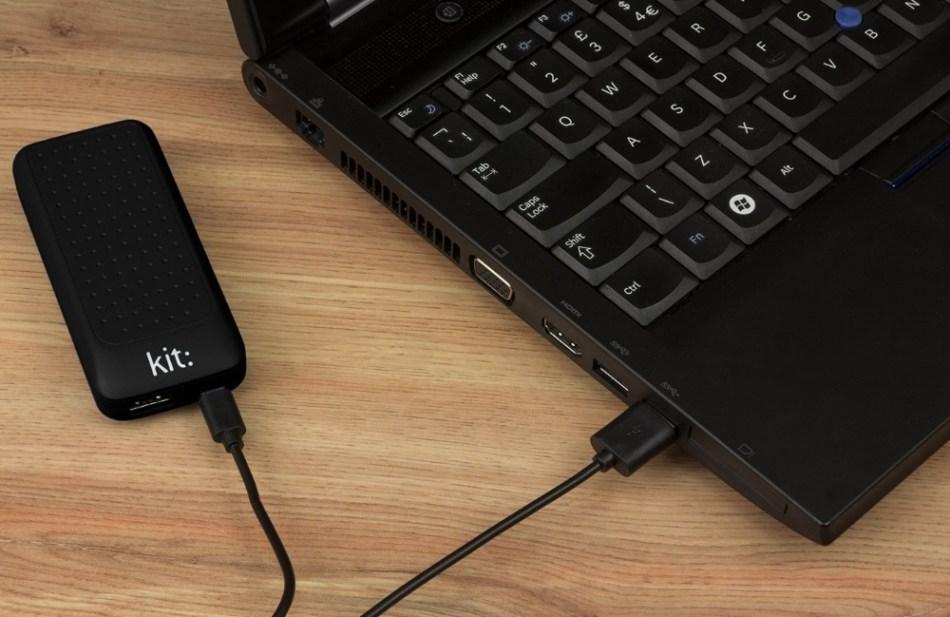 Incarcator portabil universal Kit Essential Black 4000 mAh, PWRE4BK