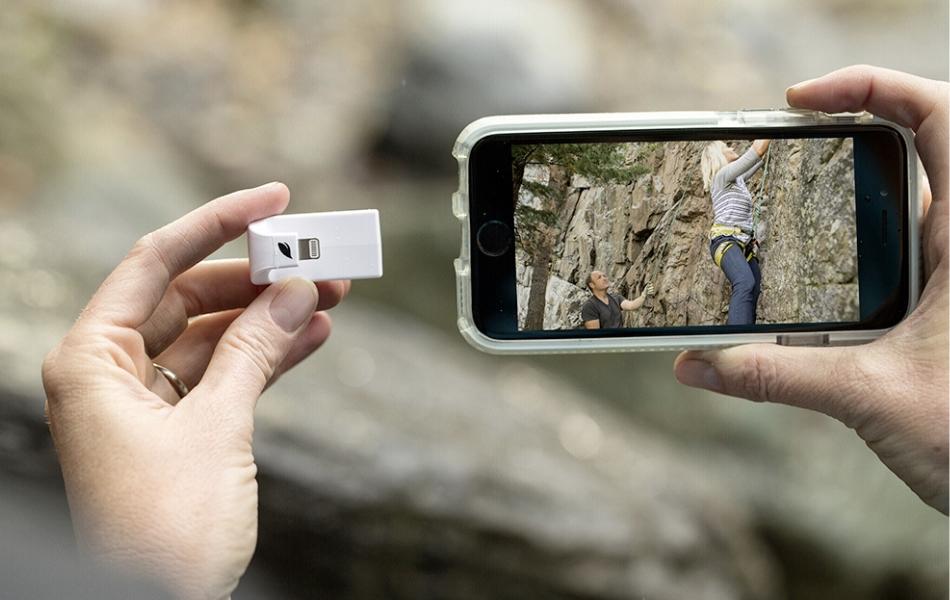 Cititor card MicroSD cu interfata Lightning (iOs) Leef LIACMWK000E1 Alb 6
